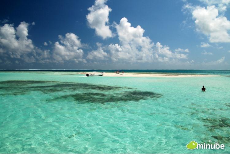 26.) Los Roques Archipelago