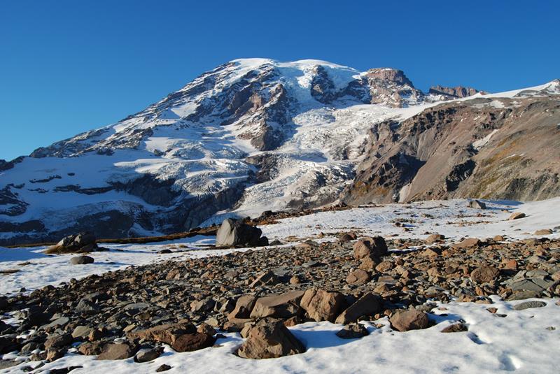 18 - 25 Most Treacherous Hiking Trails in the World - Mt. Rainier's Muir Snowfield, Washington State