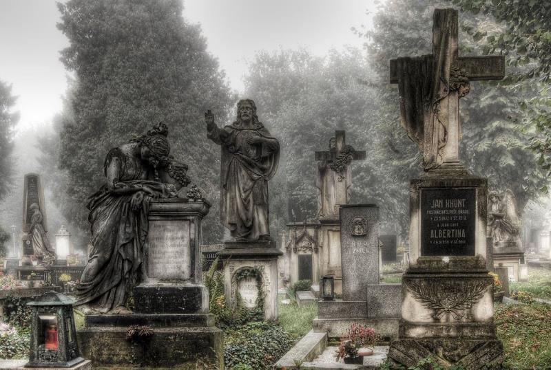 16) Kansas - Stull Cemetery Stull - Haunted Hiking Trails 50 States