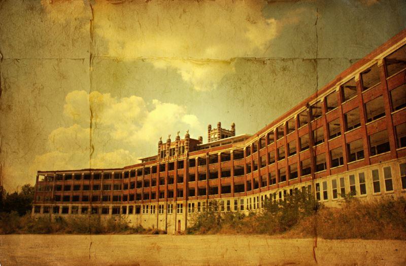 17) Kentucky - Waverly Hills Sanatorium Louisville - Haunted Hiking Trails 50 States