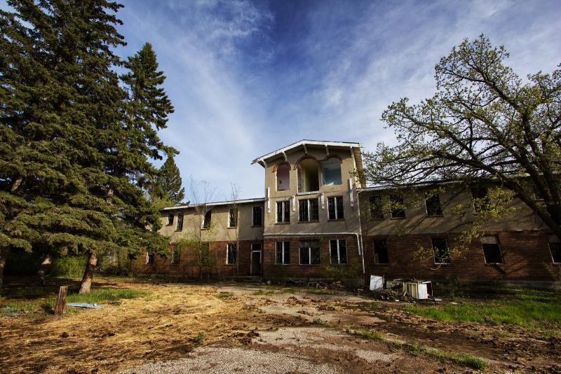 34) North Dakota - San Haven Sanatorium Turtle Mountains - Haunted Hiking Trails 50 States