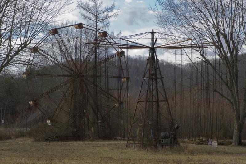48) West Virginia - Lake Shawnee Amusement Park Lake Shawnee - Haunted Hiking Trails 50 States
