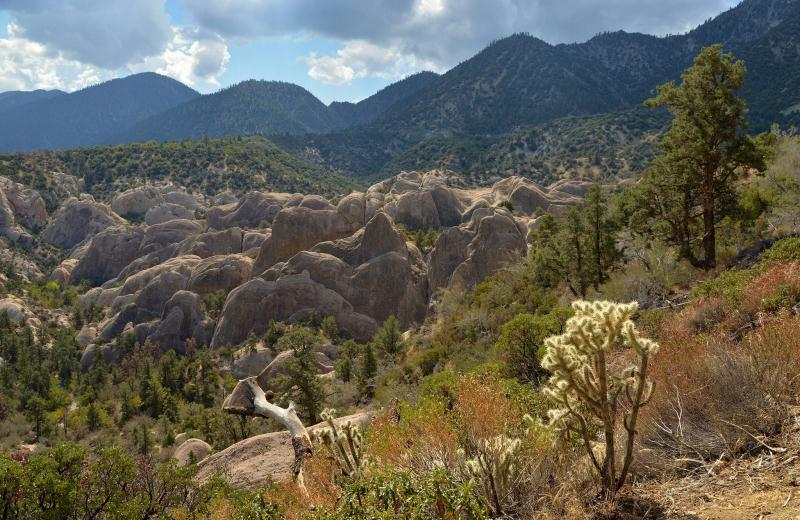 1) Devils Punchbowl, Los Angeles County - 10 Unique Weekend Hiking Trips In California