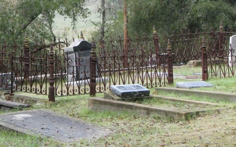 6 - Adelaida Cemetery, Paso Roble - California Cemeteries Vampires
