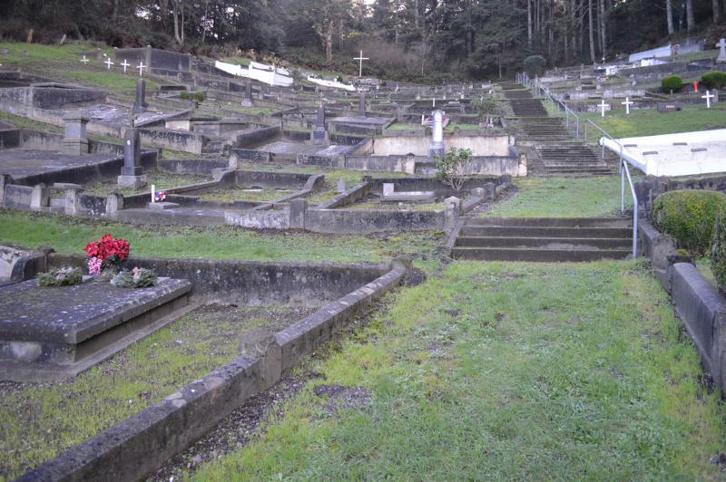 2 - St. Mary's Cemetery, Ferndale - California Cemeteries Vampires