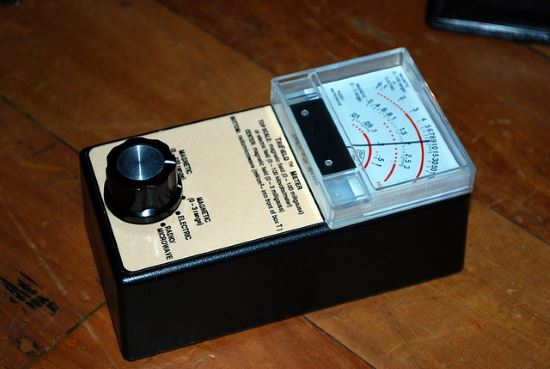 Perhaps the Best EMF Meter for ghost hunting