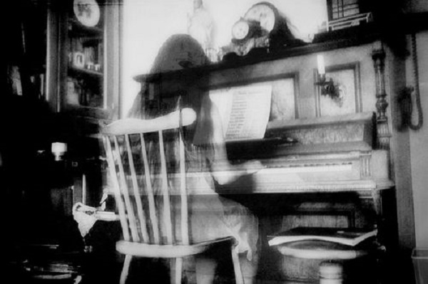 Ghostly Pianist