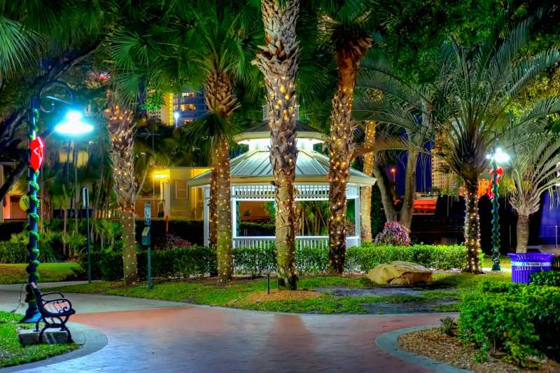 10 Scariest Haunted Attractions In Florida