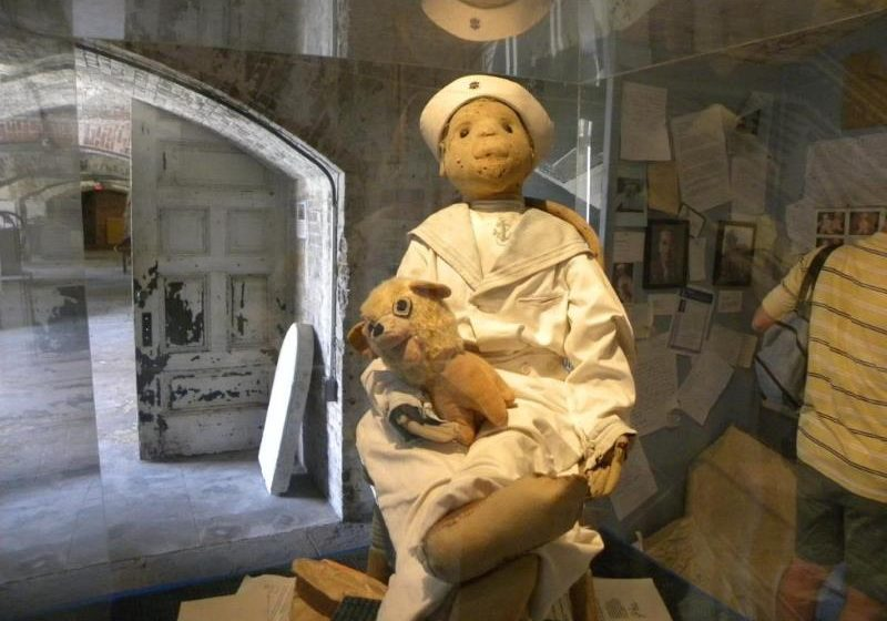 Robert the Doll: The Terror of Key West