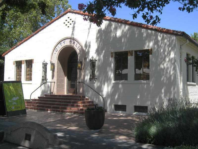 Real Ghost Stories: The Ghost From The City Hall In Davis Has Unfinished Business