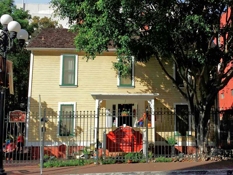 Now it's a historical site, but the William Heath Davis House is still haunted.