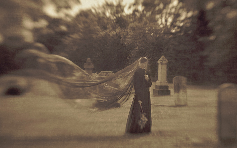 Haunted Stories: The Lovelorn Ghost of the Cemetery