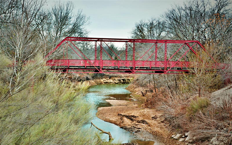 The Horrific Story Of This Texas Bridge Will Make You Sleep With The Lights On
