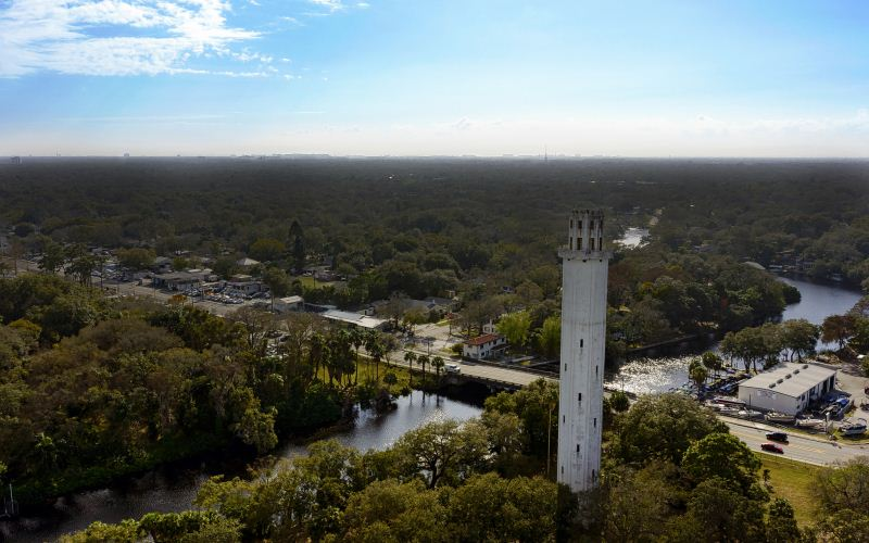 tampa-suicidal-ghosts-leap-off-the-sulphur-springs-tower