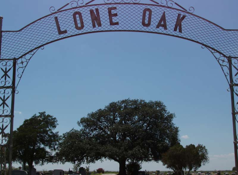 Lone Oak is an extremely haunted cemetery in Blooming Grove, Texas.