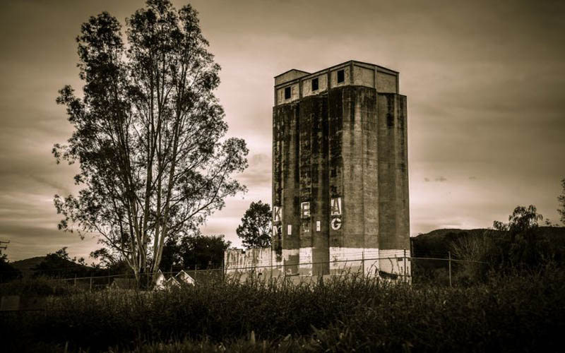 Dead Girl In A Blue Dress Haunts This Abandoned Mill In California