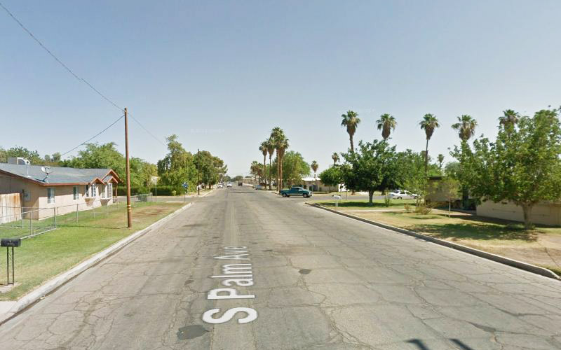Some streets in Brawley is very, very haunted. This is one of them. California, how do you manage to be so haunted?