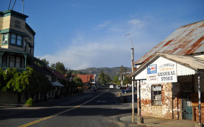 Visit These 7 Haunted Northern California Towns at Your Own Risk