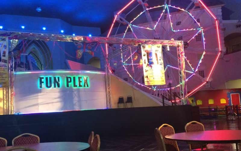 You can find all sorts of fun activities and spirits in Fun Plex in Houston, Texas.