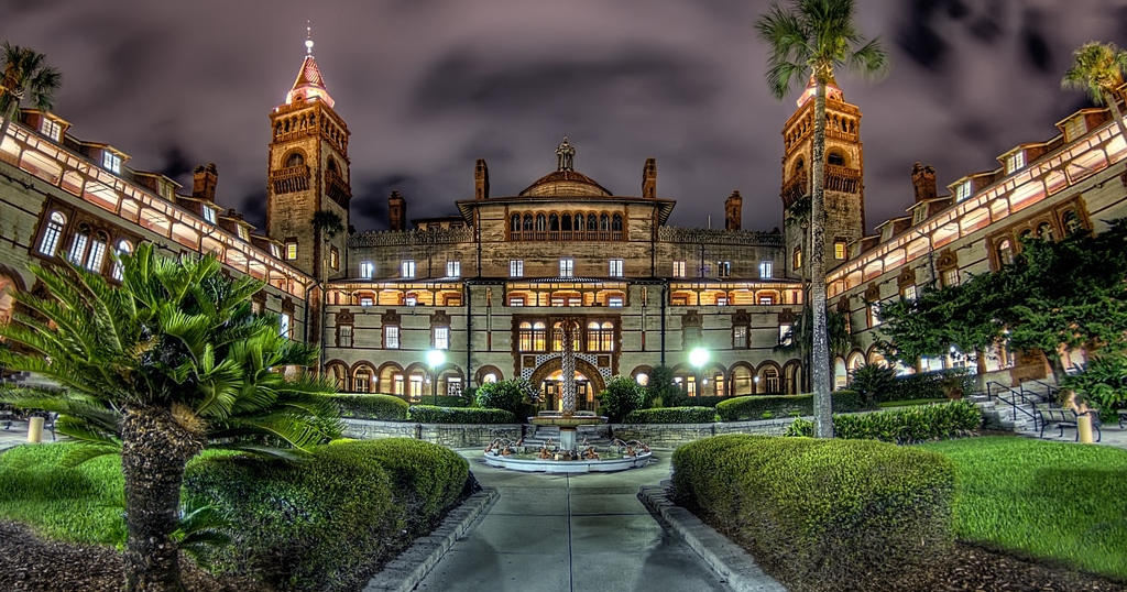 the 10 best colleges in florida to spot a ghost
