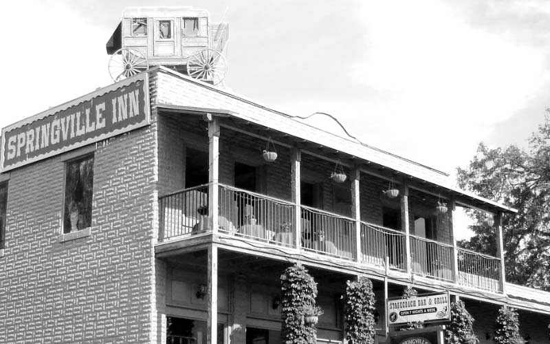 Springville Inn in Springville, California is a haunted old building.