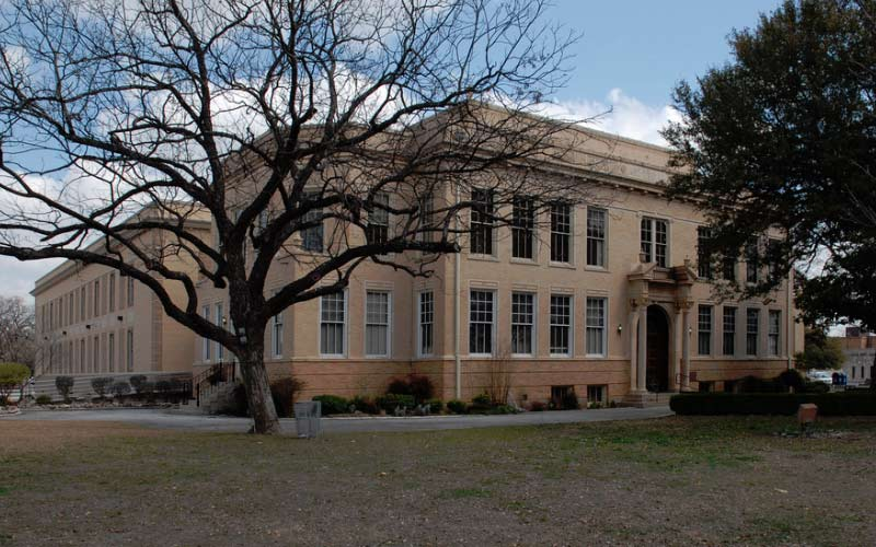 Visit the courthouse in Kerrville, Texas if you want to experience true terror.