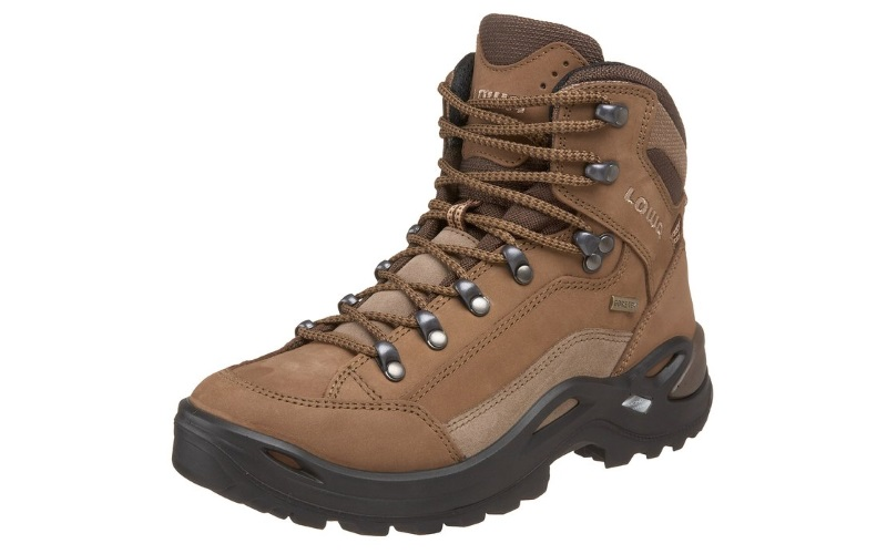 The 6 Best Waterproof Hiking Boots For Women (Essential ...
