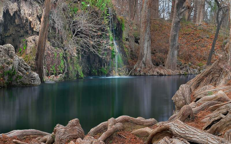 Best waterfall hikes in texas