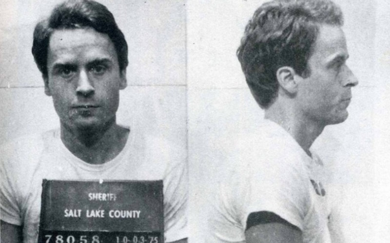 Bundy poses for his mugshot in Salt Lake.