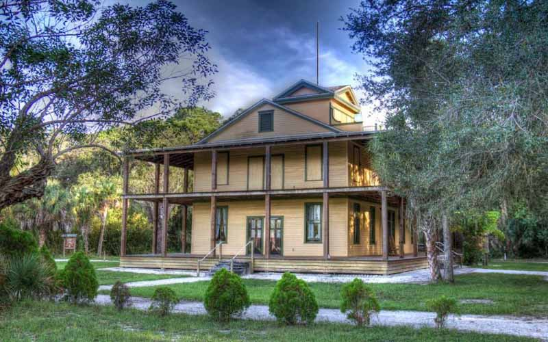 Koreshan State Historic Site – Estero