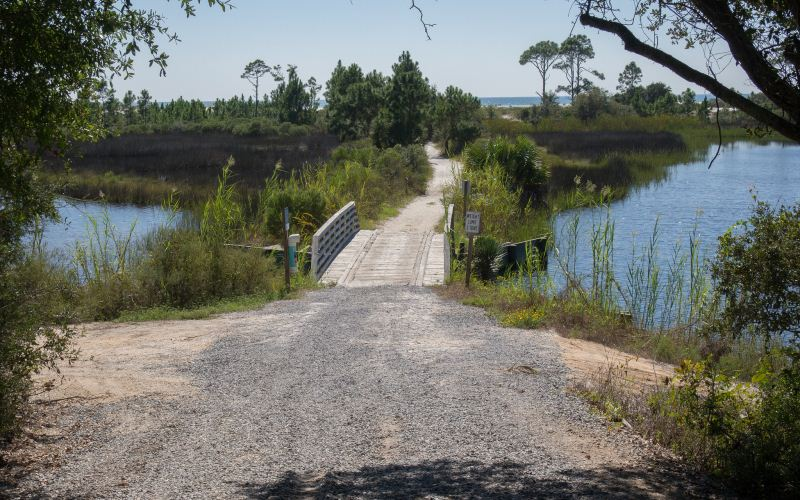 9 Florida Parks That Possess Terrifying Ghostly Activity