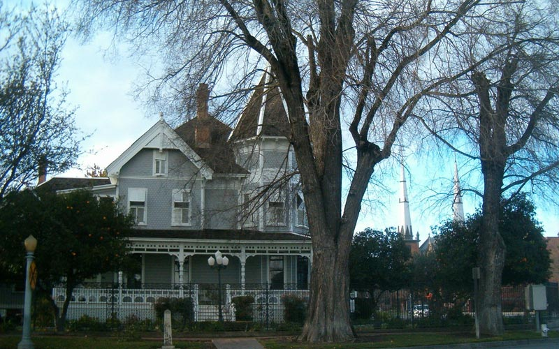 Meux Home Museum Is Haunted by the Specter of a Little Girl In Fresno CA