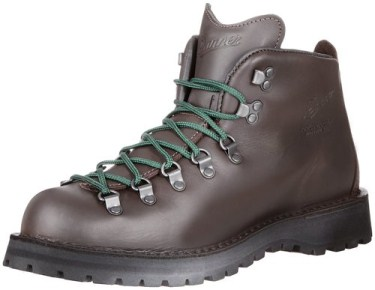 The 6 Best Hiking Boots For Men (In 2017)