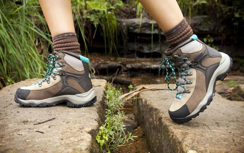 Best Lightweight Hiking Boots For Women