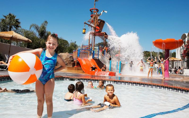 Howard Johnson Anaheim Hotel and Water Playground - Wonderful staff and family friendly