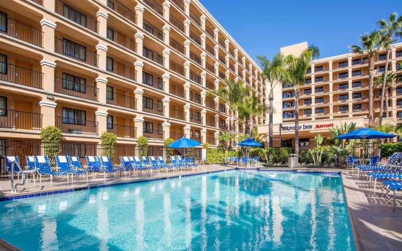 Fairfield Inn Anaheim Resort - Fantastic choice for large families of 5 or 6