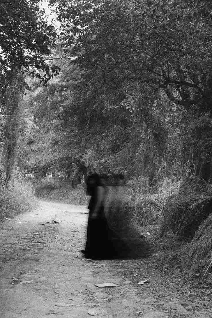 10-California-Roads-Haunted-by-Hitchhiking-Ghosts-cnt