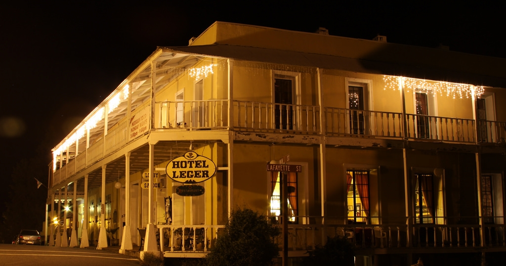 10 most haunted hotels in northern california for Pennsylvania hotel new york haunted