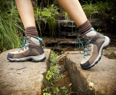 b46b70ac10f The 6 Best Lightweight Hiking Boots For Women (Top Picks For 2019)