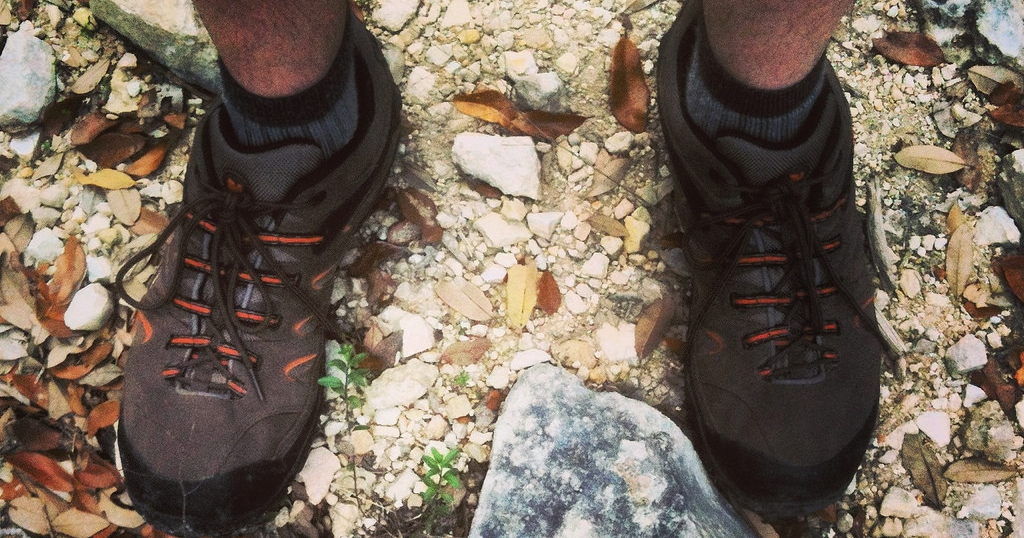 The 6 Best Lightweight Hiking Shoes For Men Top Picks For 2018