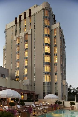 Sunset Tower Hotel - Offers child care, car hire and tour services