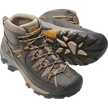 313eec3e5b32 The 6 Best Hiking Boots And Shoes For Big Guys