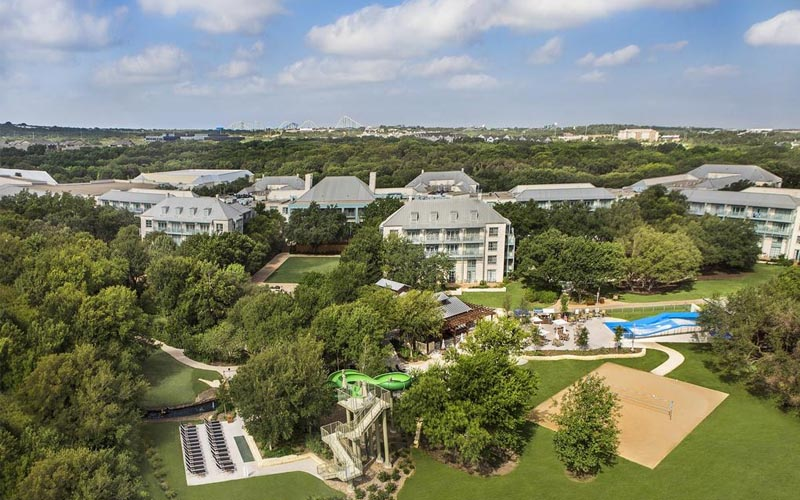 Hyatt Regency Hill Country Resort & Spa - Pet-friendly luxury hotel with family rooms