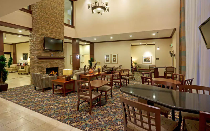 Staybridge Suites San Antonio Sea World - All-suite hotel just one mile from Sea World